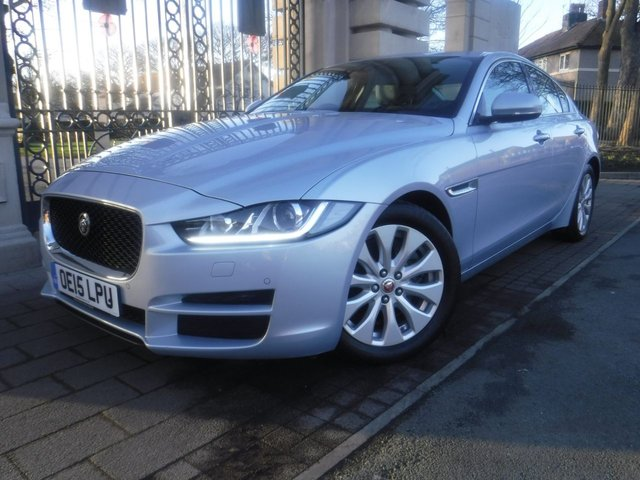 USED 2015 15 JAGUAR XE 2.0 PORTFOLIO 4d 161 BHP *** FINANCE & PART EXCHANGE WELCOME *** £ 20 A YEAR ROAD TAX AUTOMATIC & PADDLE SHIFT SAT/NAV REVERSE CAMERA ELECTRIC FRONT SEATS  FULL BLACK LEATHER HEATED SEATS BLUETOOTH PHONE
