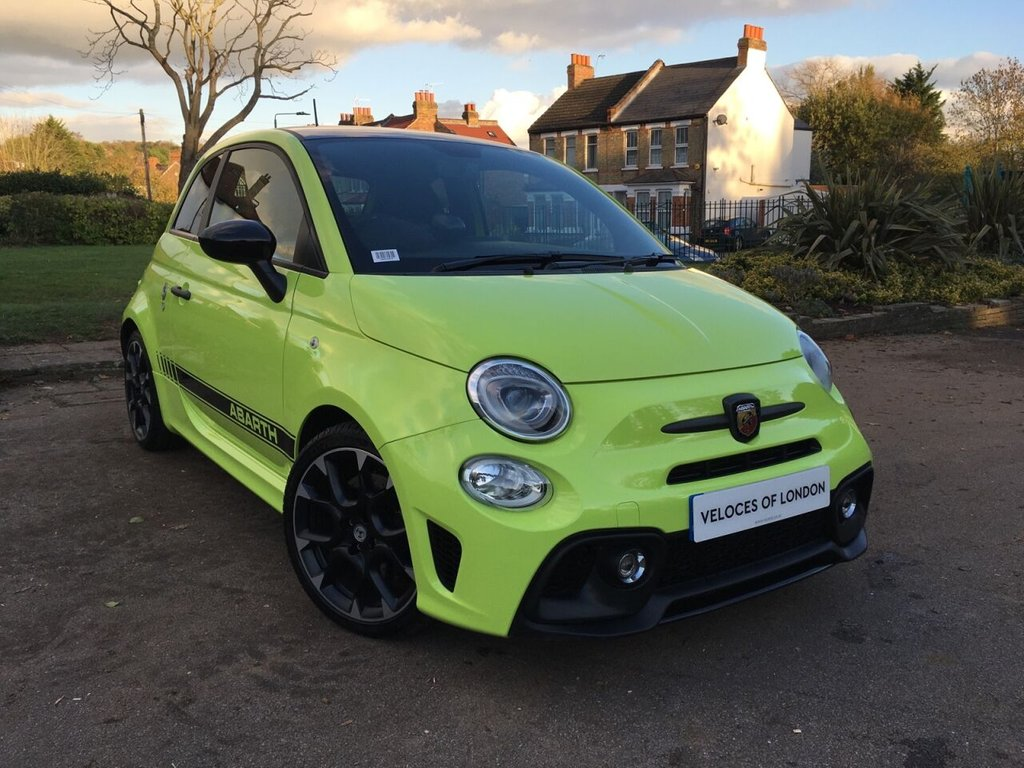 USED 2020 70 ABARTH 595 1.4 595 COMPETIZIONE 3d 177 BHP NEARLY £3000 OF FACTORY EXTRAS