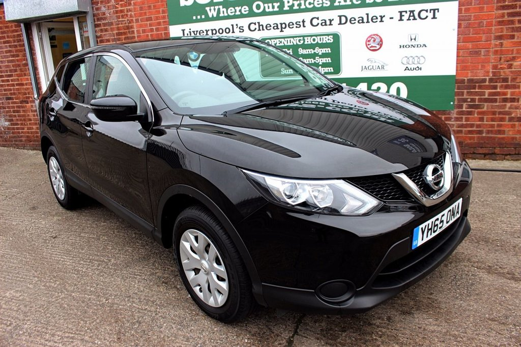 USED 2015 65 NISSAN QASHQAI 1.2 VISIA DIG-T 5d 113 BHP +ONE OWNER +PAN ROOF +CAMERAS.