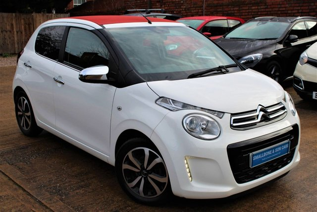 USED 2016 16 CITROEN C1 1.2 PURETECH AIRSCAPE FLAIR 5d 82 BHP **** FULL SERVICE HISTORY * ZERO ROAD TAX * 65.7 MPG * SUNROOF * BLUETOOTH * REVERSE CAMERA * DAB RADIO ****
