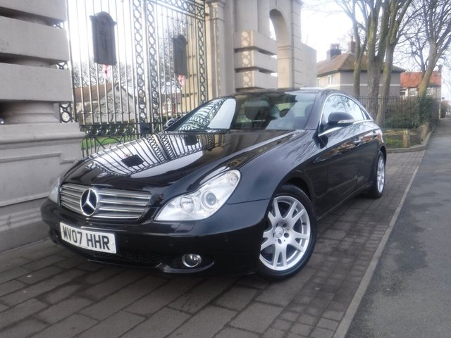 USED 2007 07 MERCEDES-BENZ CLS 3.0 CLS320 CDI 4d AUTO 222 BHP *SAT NAV*FULL LEATHER SEATS*ELECTRIC FRONT SEATS*CRUISE CONTROL*CD CHANGER*PARKING SENSORS*