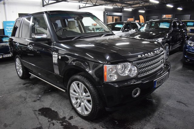 USED 2009 09 LAND ROVER RANGE ROVER 3.6 TDV8 VOGUE SE 5d 272 BHP LOVELY CONDITION - IVORY LEATHER - NAV - TV - REAR DVD SCREENS - HEATED/COOLED SEATS - ELECTRIC SIDE STEPS