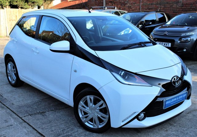 USED 2016 65 TOYOTA AYGO 1.0 VVT-I X-PRESSION 5d 69 BHP **** FULL SERVICE HISTORY * ZERO ROAD TAX * 69.0 MPG * REAR VIEW CAMERA * BLUETOOTH * AIR CON * CRUISE CONTROL * 1/2 LEATHER ****