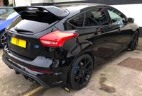 """USED 2017 17 FORD FOCUS RS 2.3 5DR MOUNTUNE FPM375, 1 OWNER, WARRANTY UNTIL MARCH 2022 SHELL SEATS, 19"""" FORGED ALLOYS & PREMIUM SYNC 3 NAV"""