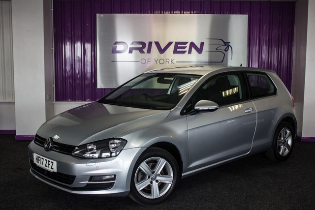 2017 17 VOLKSWAGEN GOLF 1.6 MATCH EDITION TDI BMT 3d 109 BHP