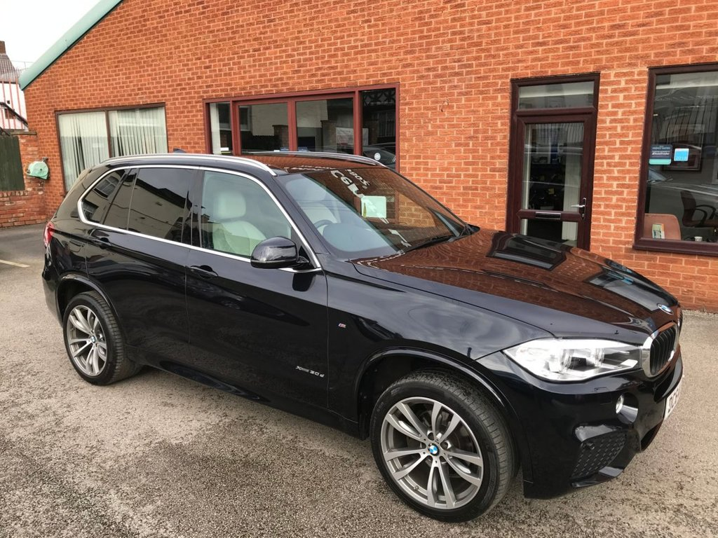 "USED 2015 64 BMW X5 3.0 XDRIVE30D M SPORT 5DOOR 255 BHP DAB Radio   :   Sat Nav   :   Cruise Control / Speed Limiter   :   Phone Bluetooth Connectivity      Climate Control / Air Conditioning   :   Heated & Elec Front Seats   :   Beige Leather Interior    Automatic Tailgate   :   Front & Rear Parking Sensors   :   20"" Alloy Wheels   :   Service History"