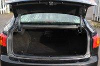 USED 2010 60 LEXUS IS 2.2 220D SE 4d 175 BHP