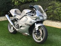 USED 2000 D TRIUMPH T 595 DAYTONA 955cc T 595 DAYTONA  A STUNNING EXAMPLE WHICH WAS PART OF A PRIVATE COLLECTION DAYTONA RELATED NUMBER PLATE COMES COMPLETE WITH ALL BOOKS AND LITERATURE