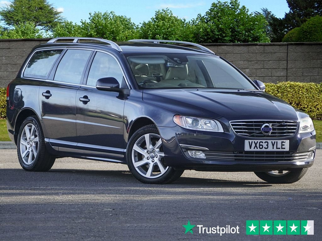 USED 2013 63 VOLVO V70 2.4 D5 SE LUX 5d 212 BHP ONE OWNER From NEW, FULL Volvo MAIN DEALER HISTORY