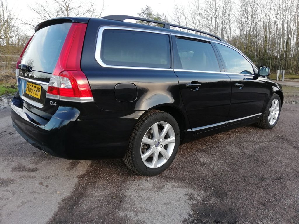 USED 2015 65 VOLVO V70 2.0 D4 SE NAV 5d 178 BHP FINANCE AND WARRANTY AVAILABLE