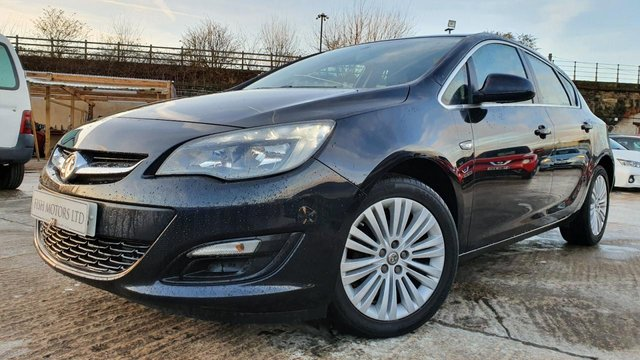USED 2016 VAUXHALL ASTRA 1.6 EXCITE 5d 113 BHP 2KEYS+17ALLOYS+AIRCON+MEDIA+AUX+USB+CLEANCAR+2 FORMER KEEPERS+ELEC+