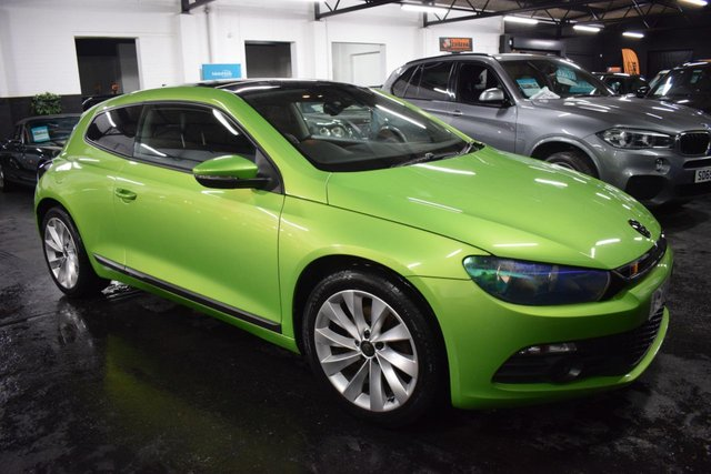 USED 2011 60 VOLKSWAGEN SCIROCCO 2.0 GT TDI 2d 170 BHP RARE FACTORY VIPER GREEN - 12 STAMPS TO 88K - FULL LEATHER - NAV - GLASS ROOF - TURBINE ALLOYS - PRIVACY GLASS