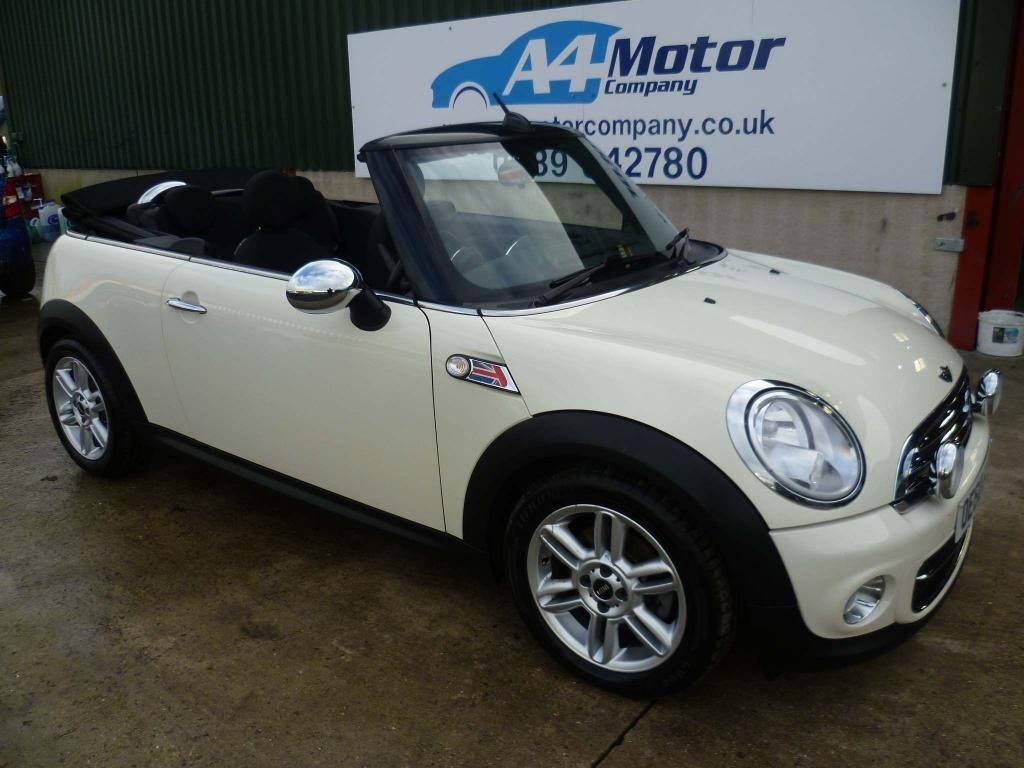 USED 2010 60 MINI CONVERTIBLE 1.6 Cooper D 2dr CONVERTIBLE ,FINANCE AVAILABLE