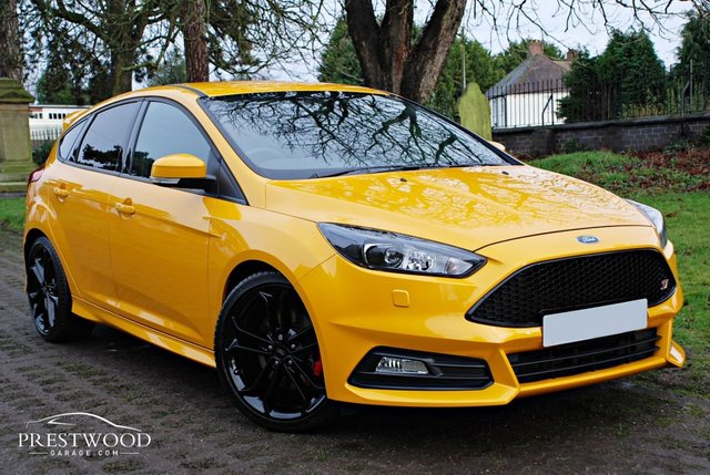 2017 67 FORD FOCUS 2.0T ECOBOOST ST-3 [250 BHP] NAVIGATION / LEATHER 5 DOOR HATCHBACK