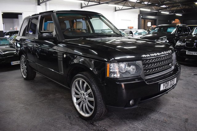USED 2011 11 LAND ROVER RANGE ROVER 4.4 TDV8 VOGUE 5d 313 BHP LOVELY CONDITION THROUGHOUT - 7 STAMPS TO 86K - IVORY LEATHER - NAV - OVERFINCH ALLOYS - PRIVACY GLASS - AUX HEATING
