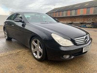 USED 2005 05 MERCEDES-BENZ CLS CLASS 5.0 CLS500 4d 306 BHP SAT NAV HARMAN KARDON HEATED MEMORY SEATS