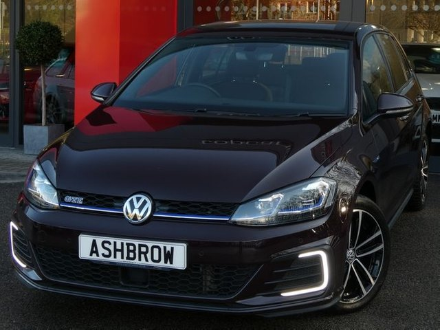 USED 2017 67 VOLKSWAGEN GOLF 1.4 TSI GTE 5d DSG VIRTUAL COCKPIT / DIGITAL DASH, APP CONNECT FOR APPLE CARPLAY / ANDROID AUTO (GIVES YOU SAT NAV), DAB RADIO, BLUETOOTH PHONE & MUSIC STREAMING, FRONT & REAR PARKING SENSORS WITH DISPLAY, ADAPTIVE CRUISE CONTROL WITH FRONT ASSIST(ACC), LED LIGHTS, 17 INCH 10 SPOKE ALLOYS, ELECTRIC HEATED FOLDING MIRRORS, LEATHER FLAT BOTTOM TIPTRONIC MULTIFUNCTION STEERING WHEEL (PADDLE SHIFT), LIGHT & RAIN SENSORS, AUX & USB, 1 OWNER FROM NEW, SERVICE HISTORY, BALANCE OF MANUFACTURERS WARRANTY, VAT QUALIFYING