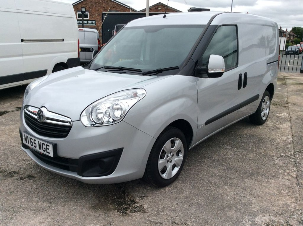 USED 2015 65 VAUXHALL COMBO 1.3 2000 L1H1 CDTI S/S SPORTIVE 90 BHP 1 OWNER FSH NEW MOT INTERNAL RACKING FREE 6 MONTHS AA WARRANTY INCLUDING RECOVERY AND ASSIST NEW MOT SPARE KEY EURO 5 ELECTRIC WINDOWS BLUETOOTH AIR CONDITIONING RACKING REAR PARKING SENSORS