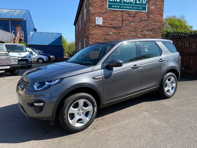 USED 2016 16 LAND ROVER DISCOVERY SPORT 2.0 TD4 SE TECH 5d 150 BHP One Owner Full service History Comes Fully Serviced with 12 Months Warranty.