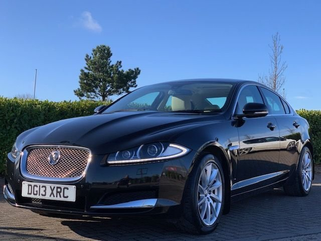 USED 2013 13 JAGUAR XF 3.0 D V6 PREMIUM LUXURY 4d 240 BHP