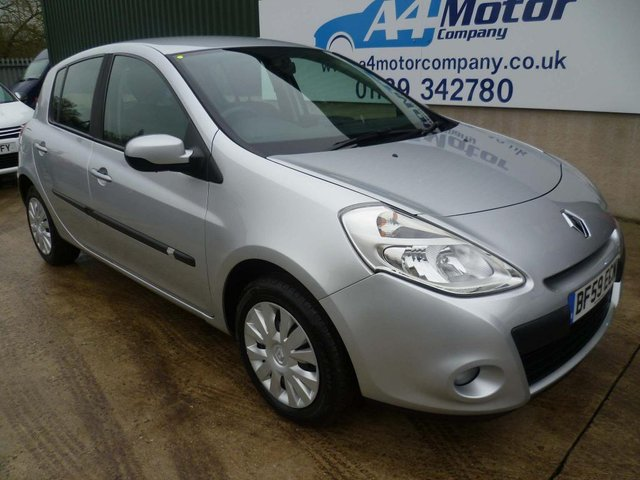 2009 59 RENAULT CLIO 1.6 VVT Expression 5dr