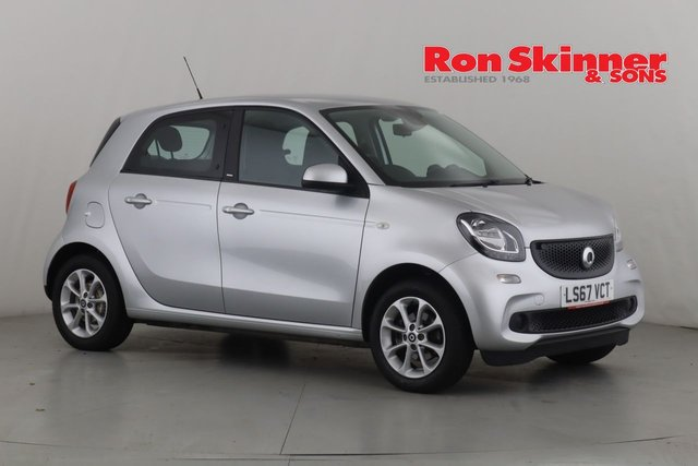 View our 2017 67 SMART FORFOUR 0.9 PASSION T 5d 90 BHP