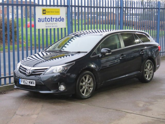 USED 2013 62 TOYOTA AVENSIS 2.0 T SPIRIT D-4D Estate Sat nav Heated seats Pan roof Full leather