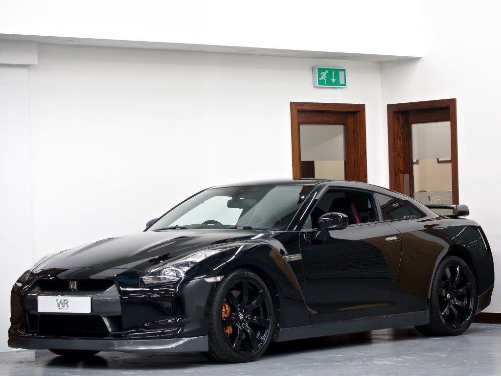 USED 2009 09 NISSAN GT-R 3.8 V6 Black Edition 2dr F/S/H + BOSE + PARKING SENSORS