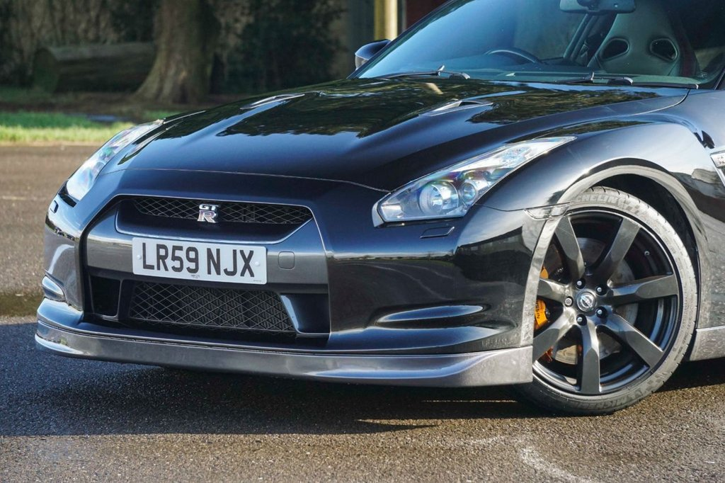 USED 2009 59 NISSAN GT-R 3.8 BLACK EDITION 2d 479 BHP Outstanding Pedigree Serviced by Nissan + Litchfield