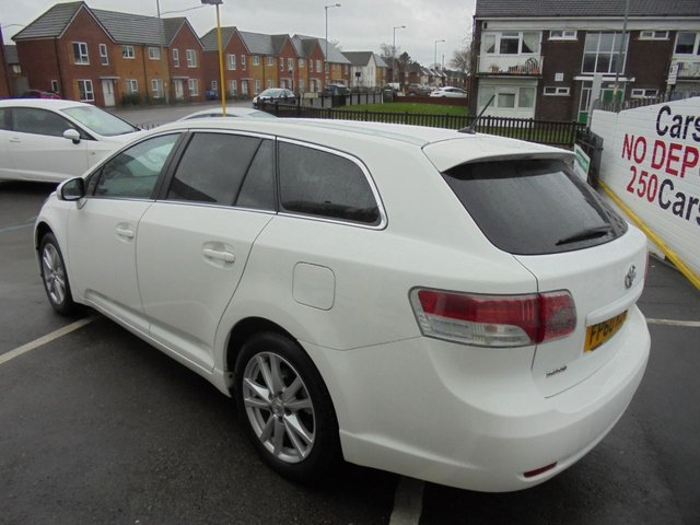 USED 2010 60 TOYOTA AVENSIS 1.8 VALVEMATIC TR 5d 145 BHP ** 01543 379066 ** JUST ARRIVED ** FULL SERVICE HISTORY **