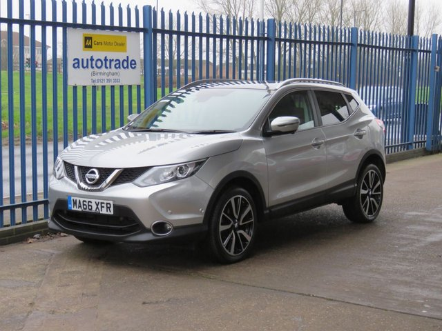 USED 2016 66 NISSAN QASHQAI 1.2 TEKNA DIG-T Sat nav Pan roof Leather DAB Park sensors Cruise ULEZ COMPLIANT Low Miles with Leather,SatNav,Parking Sensors and Panoramic roof