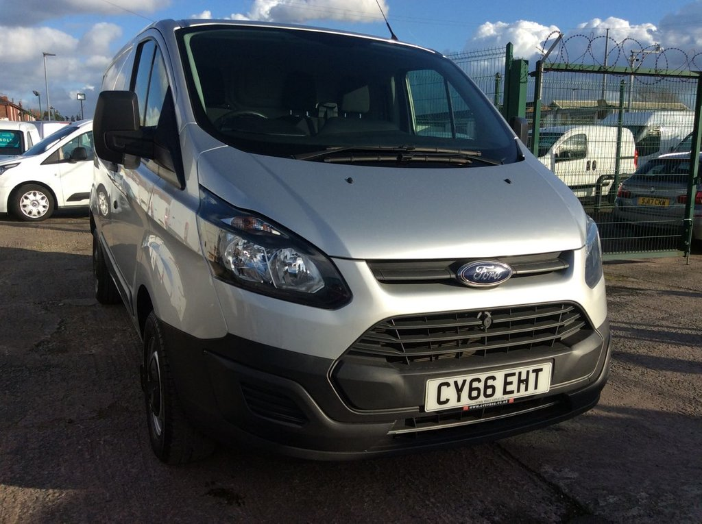 USED 2017 66 FORD TRANSIT CUSTOM SWB 2.0 270 LR 104 BHP 1 OWNER FSH NEW MOT  FREE 6 MONTHS AA WARRANTY INCLUDING RECOVERY AND ASSIST NEW MOT EURO 6 SPARE KEY BLUETOOTH ELECTRIC WINDOWS 6 SPEED
