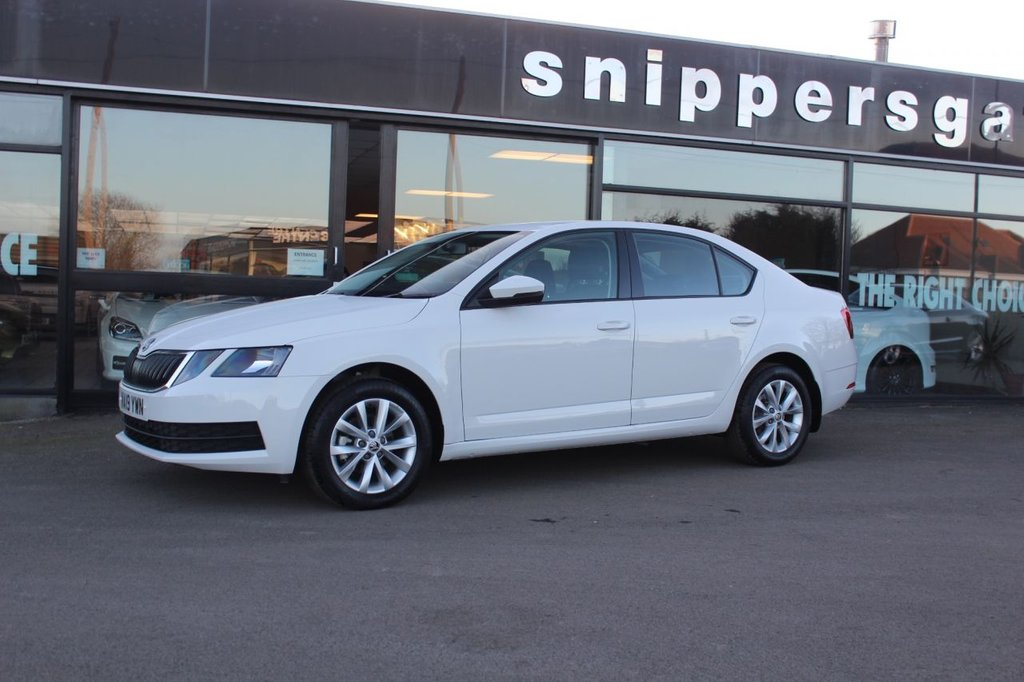 USED 2019 19 SKODA OCTAVIA 1.6 S TDI 5d 114 BHP Great opportunity to buy an almost new vehicle with a great saving, Alloy Wheels, Air Conditioning, 8 Inch Touchscreen Display, DAB Radio, Remote Central Locking, LED Daytime Running Lights, Tyre Pressure Monitoring System, Rear LED Lights, Tinted Glass, Light And Rain Sensors.