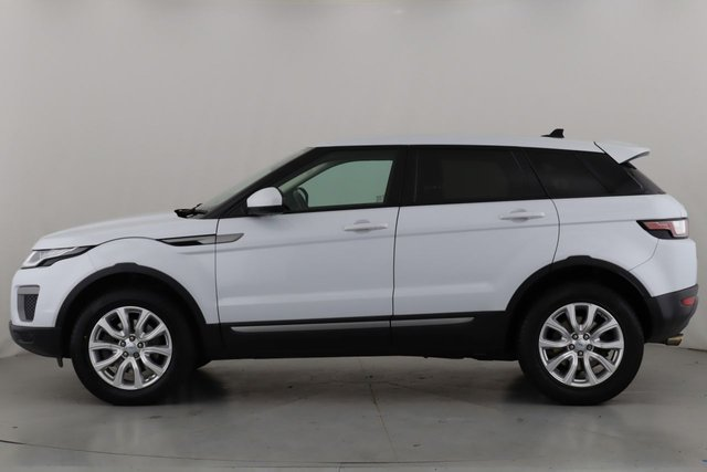 LAND ROVER RANGE ROVER EVOQUE at Ron Skinner and Sons