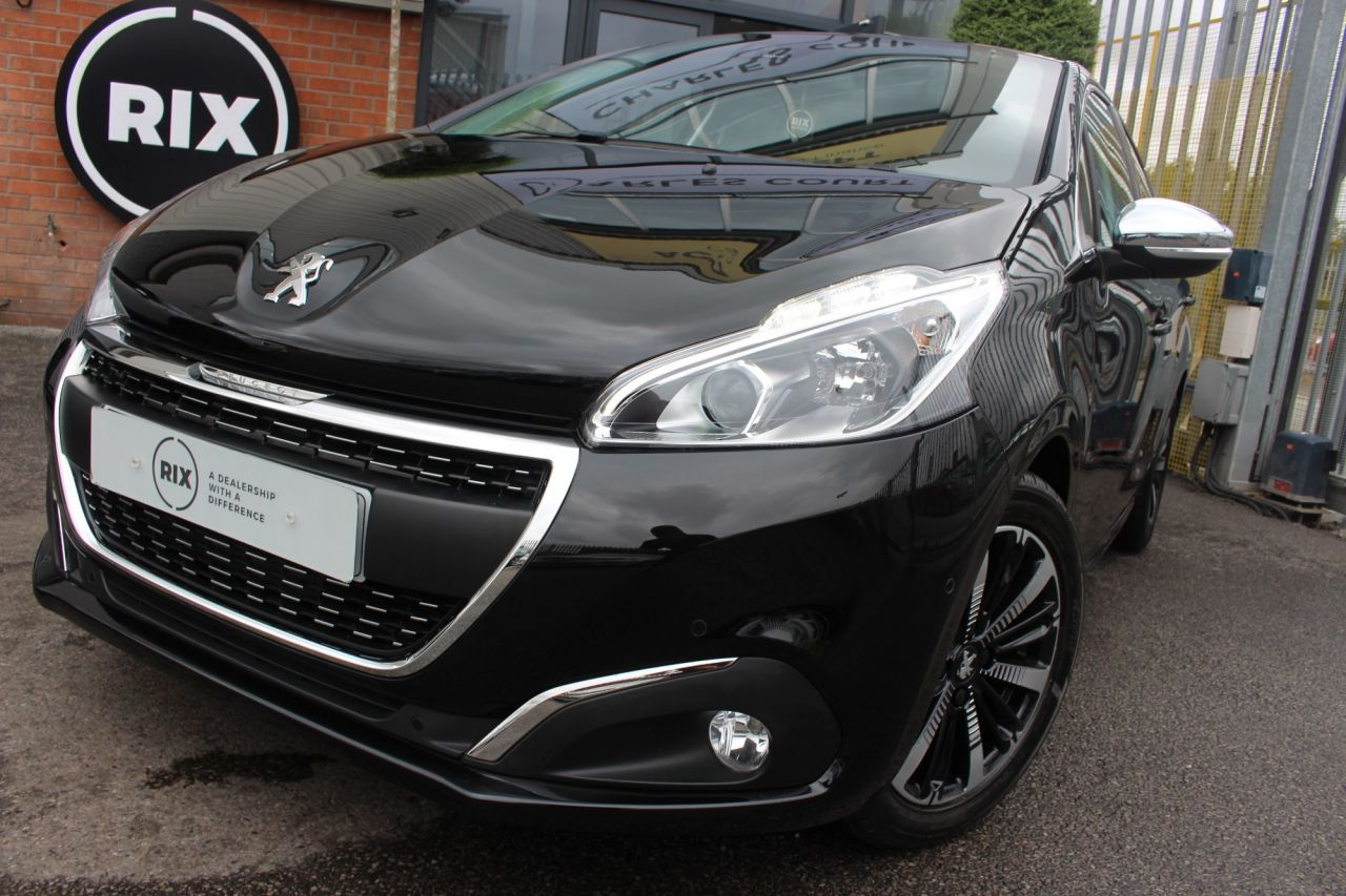 Used PEUGEOT 208 for sale