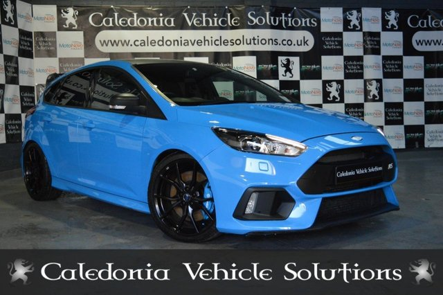 View our FORD FOCUS RS