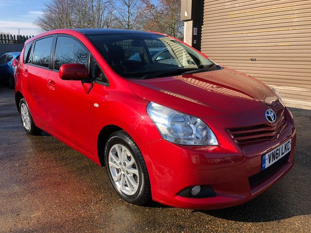 USED 2011 61 TOYOTA VERSO 2.0 TR D-4D  5d 125 BHP FULL SERVICE HISTORY + SEVEN SEATER