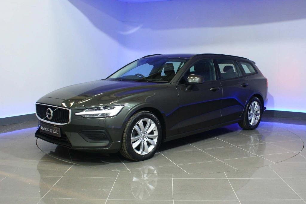 USED 2019 19 VOLVO V60 2.0 D4 Momentum Auto (s/s) 5dr SAT NAV POWER TAILGATE CLIMATE