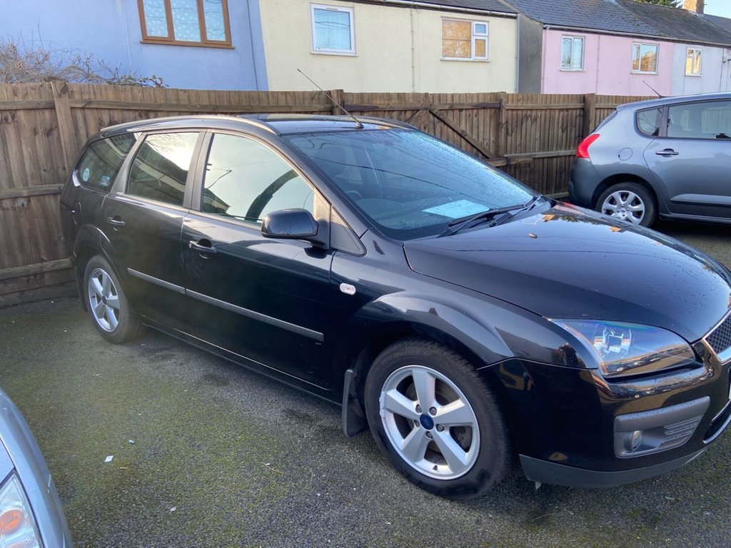 USED 2006 55 FORD FOCUS 2.0 ZETEC CLIMATE 5d 144 BHP Long MOT