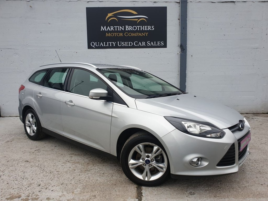 USED 2012 62 FORD FOCUS 1.6 ZETEC 5d 124 BHP AUTOMATIC