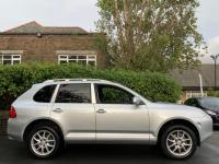 USED 2005 55 PORSCHE CAYENNE 3.2 V6 Tiptronic S AWD 5dr Full service History / Leather