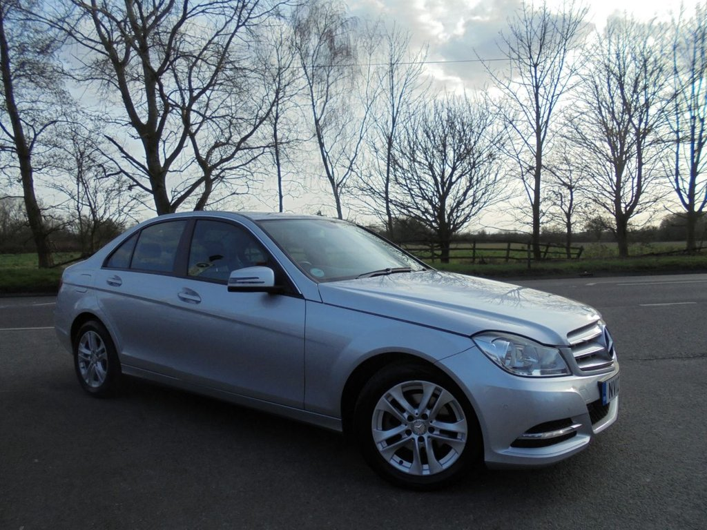 USED 2012 12 MERCEDES-BENZ C CLASS 2.1 C220 CDI BLUEEFFICIENCY EXECUTIVE SE 4d 168 BHP