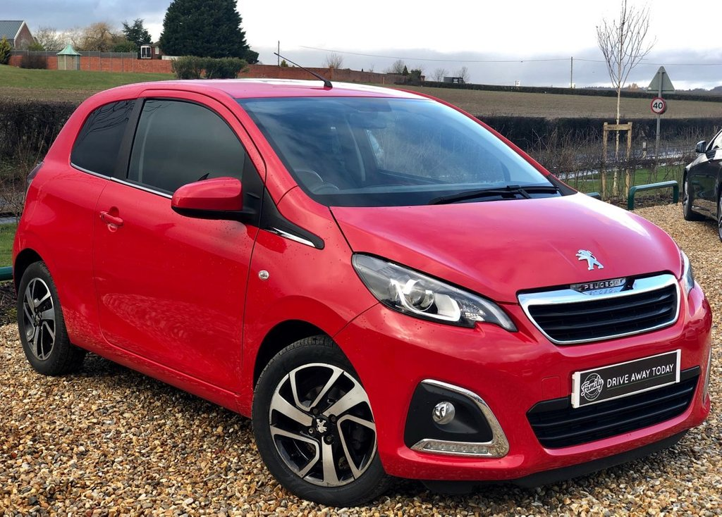 USED 2015 65 PEUGEOT 108 1.2 PURETECH ALLURE 3d 82 BHP ***FULL SERVICE HISTORY***