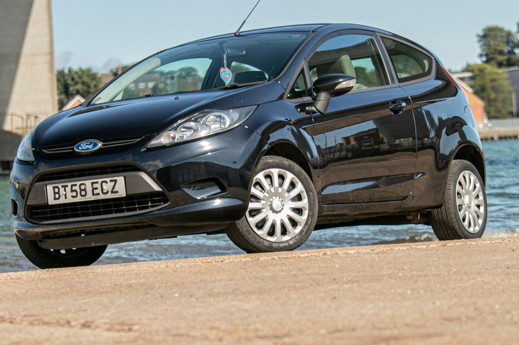 USED 2009 58 FORD FIESTA 1.2 STYLE 3d 81 BHP SMALL 1.2 ENGINE-CHEAP ON FUEL, TAX, INSURANCE. NEW MOT+SERVICE