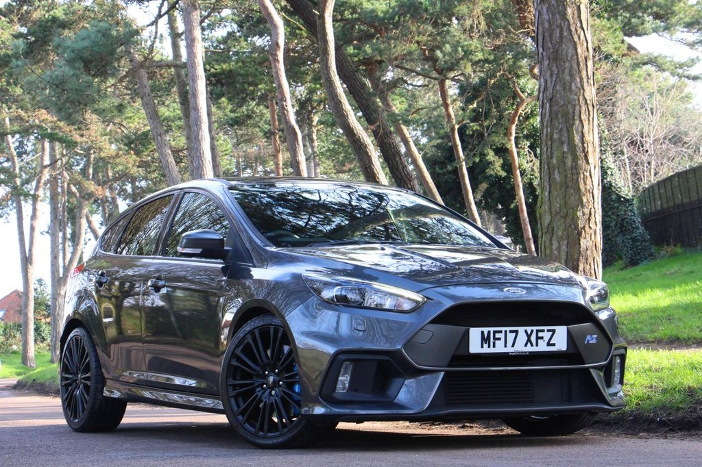 USED 2017 17 FORD FOCUS 2.3 RS 5d 350 BHP