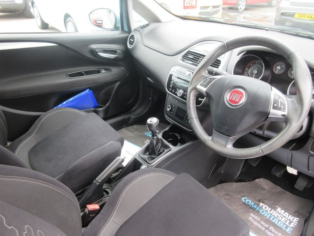 USED 2013 63 FIAT PUNTO 1.2 EASY 3d 69 BHP ** TEST DRIVE TODAY **JUST ARRIVED.01543 454566