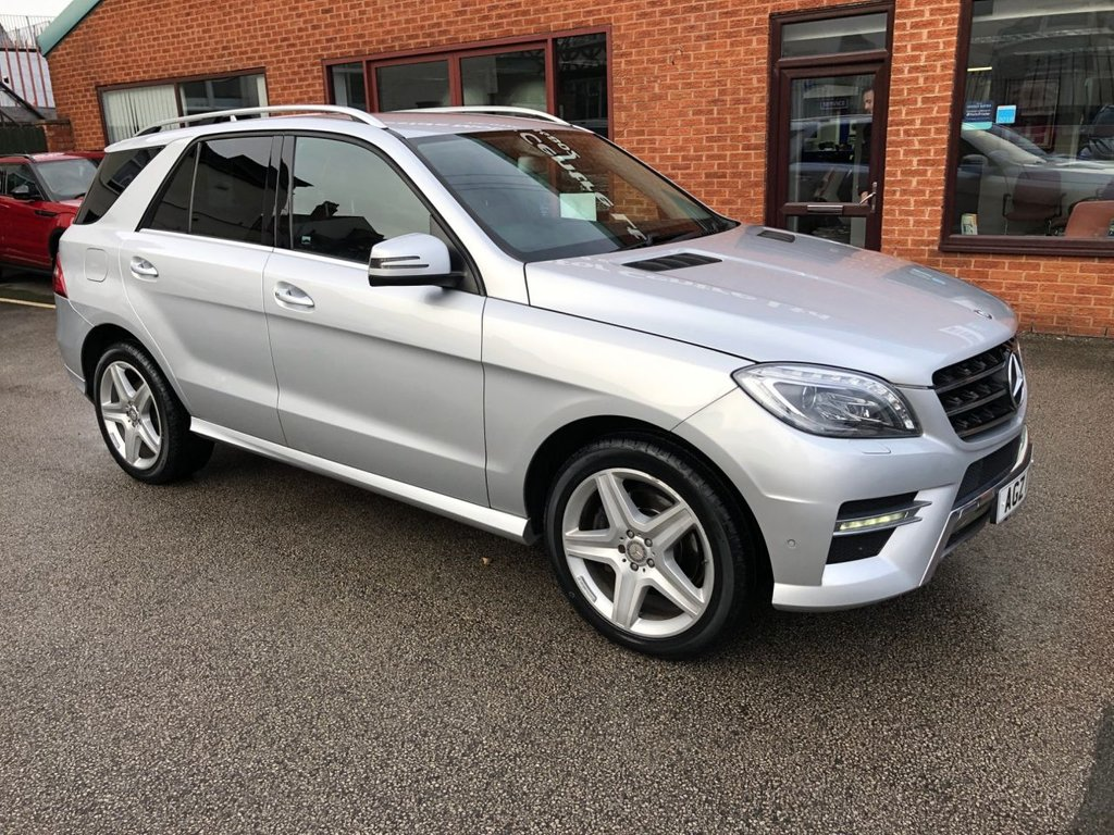 "USED 2015 15 MERCEDES-BENZ M CLASS 2.1 ML250 BLUETEC AMG LINE 5DOOR 204 BHP Sat Nav   :   Car Hotspot / WiFi   :   Cruise Control / Speed Limiter   :   Bluetooth Connectivity      Climate Control / Air Con   :   Heated & Electric Front Seats   :   Black Leather Upholstery      Automatic Tailgate   :   Front & Rear Parking Sensors   :   20"" Alloy Wheels   :   2 Keys"
