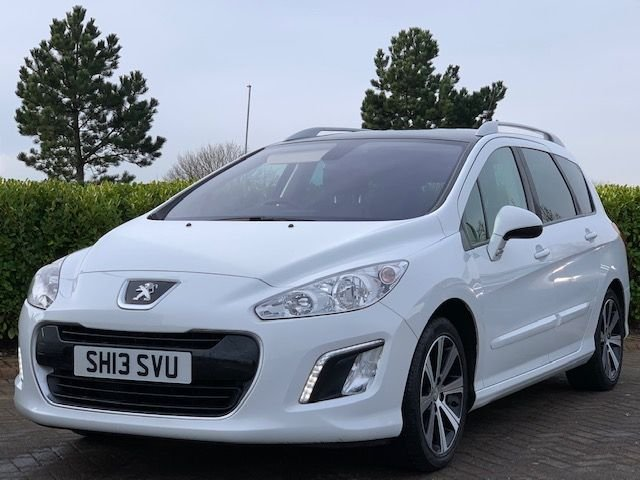 USED 2013 13 PEUGEOT 308 1.6 E-HDI SW ACTIVE NAVIGATION VERSION 5d 115 BHP