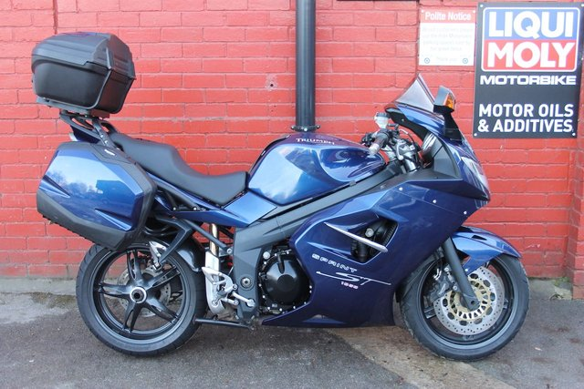 USED 2009 09 TRIUMPH SPRINT ST 1050 *12mth Mot, 3mth Warranty, Full Luggage* A Great All Round Bike, Finance Available.