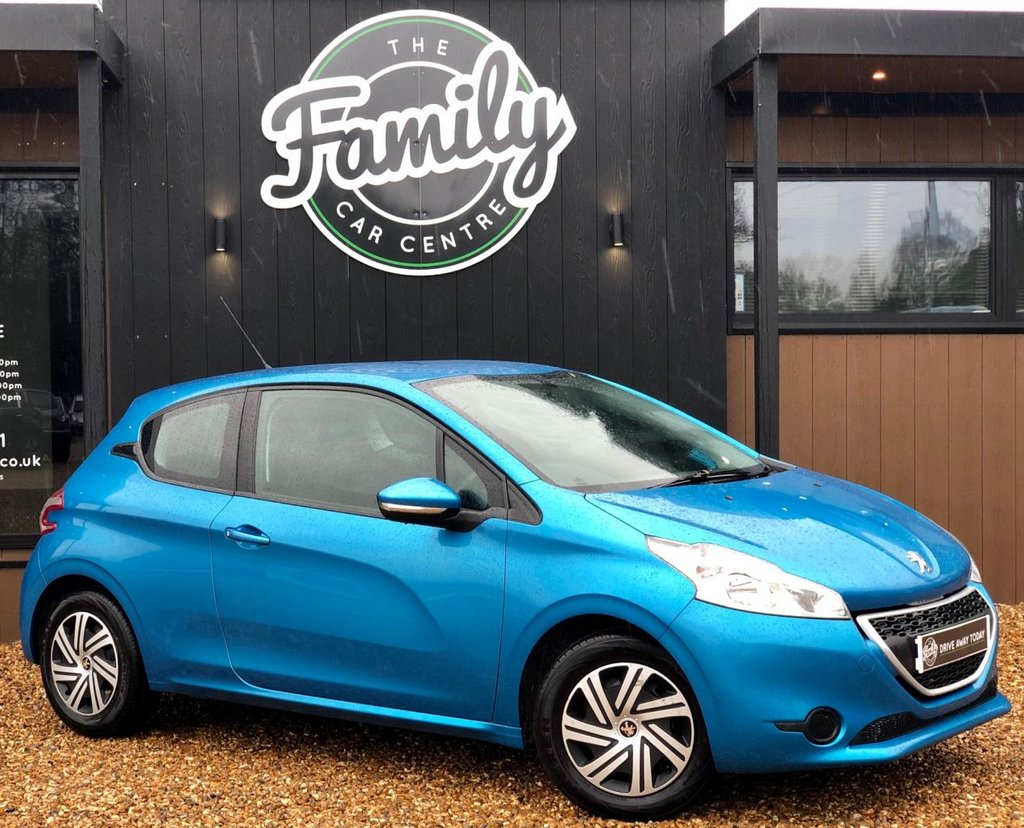 USED 2013 62 PEUGEOT 208 1.2 ACCESS PLUS 3d 82 BHP PERFECT SMALL FAMILY HATCH BACK, EXTREMELY LOW MILEAGE AND YOURS TO DRIVE AWAY THE SAME DAY WITH OUR FREE EXPRESS SERVICE! FULL 6 MAIN DEALER SERVICES - NO ULEZ CHARGE!!
